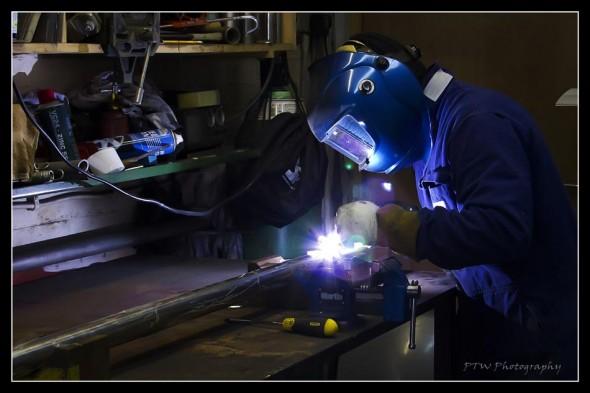 Welding axle 13